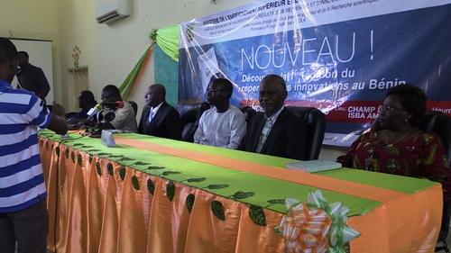 Présidium du lancement du Répertoire des Innovations du Bénn